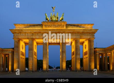 Brandenburg Gate, in the early morning twilight, Tiergarten, Mitte district, Berlin, Germany, Europe - Stock Photo