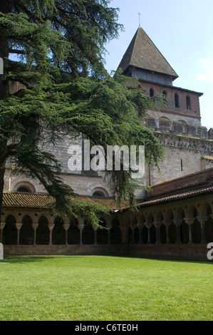 The Benedictine cloisters and Abbey of St Pierre in Moissac, France, are a treasure of Romanesque architecture. - Stock Photo