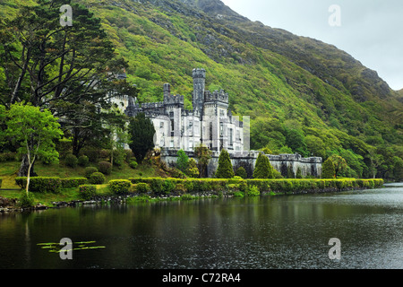 Kylemore Abbey, Connemara, County Galway, Republic of Ireland - Stock Photo