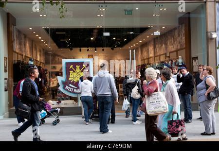 Westfield Stratford City shopping centre, London - West Ham football club shop - Stock Photo