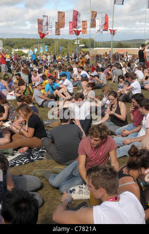 Crowds of music fans at the 2011 Bestival music festival pop concert on the Isle of Wight, England. - Stock Photo