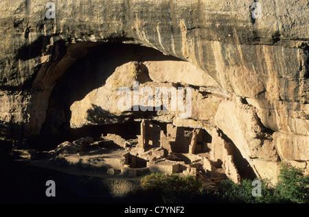 U.S.A., Colorado, Mesa Verde ruins of Oak Tree House - Stock Photo
