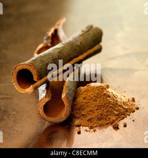 Chinese cinnamon sticks and powder - Stock Photo