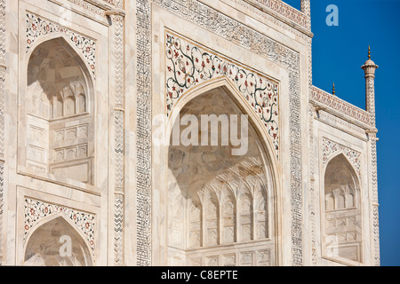 Iwans of The Taj Mahal mausoleum, southern view detail diamond facets with bas relief marble, Uttar Pradesh, India - Stock Photo