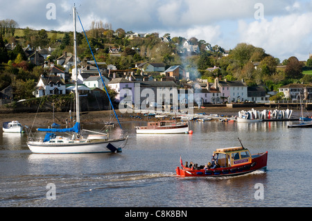 Dittisham is a village and civil parish in the South Hams England, Greenway and Dittisham ferry. Cruising Dart,Dartmouth, - Stock Photo