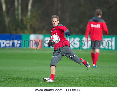 CARDIFF, WALES - Thursday, November 10, 2011: Norway's Morten Gamst Pedersen during a training session at the Vale - Stock Photo