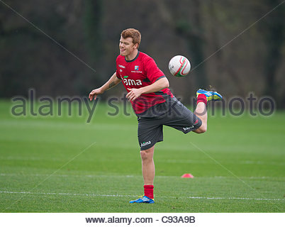 CARDIFF, WALES - Thursday, November 10, 2011: Norway's John Arne Riise during a training session at the Vale of - Stock Photo