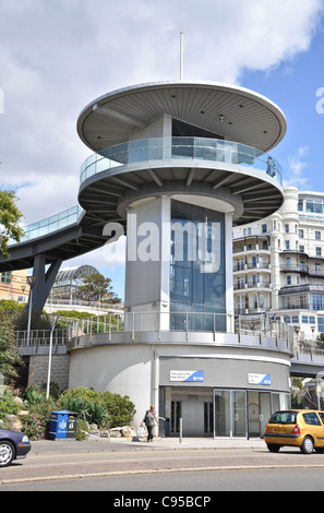 The viewing tower at Southend on sea - Stock Photo