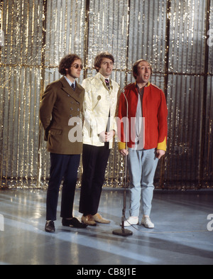SCAFFOLD UK pop trio in December 1967 from left: John Gorman, Mike McGear, Mike McGough. Photo Tony Gale - Stock Photo