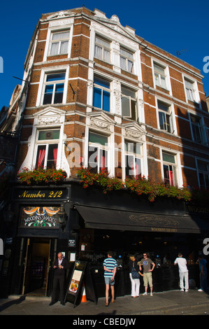 People outside a pub Shoreditch east London England UK Europe - Stock Photo