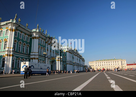 View Winter Palace square in Saint Petersburg - Stock Photo