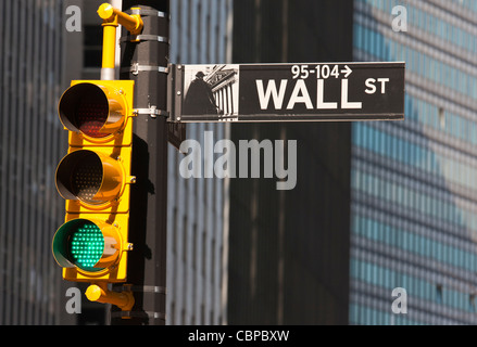 Green light in Wall Street : looks good for some investments ! - Stock Photo