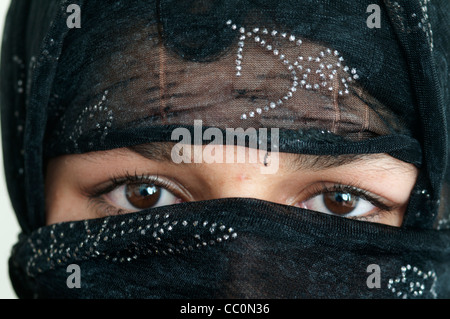 Kabul. Hawca safe shelter for women.  A young woman who has fled violence in her home has been given shelter in - Stock Photo