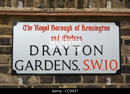 street name sign for drayton gardens, in the royal borough of kensington and chelsea, london, england - Stock Photo