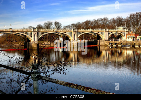 Richmond on Thames lock and weir,England - Stock Photo