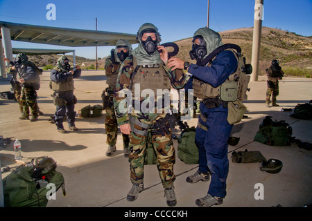 FBI SWAT (Special Weapons and Tactics) team members wear specialized 'Weapons of Mass Destruction' equipment for - Stock Photo