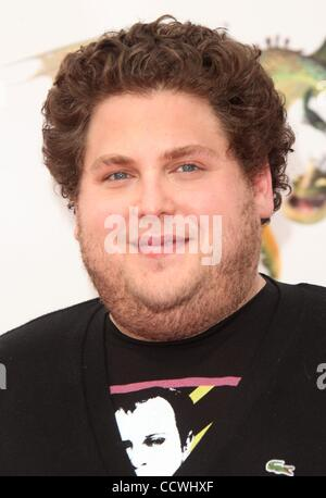 Mar 21, 2010 - Universal City, California, USA - Actor JONAH HILL arriving to the 'How To Train Your Dragon' Los - Stock Photo