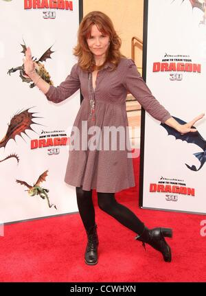 Mar 21, 2010 - Universal City, California, USA - Actress LEA THOMPSON arriving to the 'How To Train Your Dragon' - Stock Photo