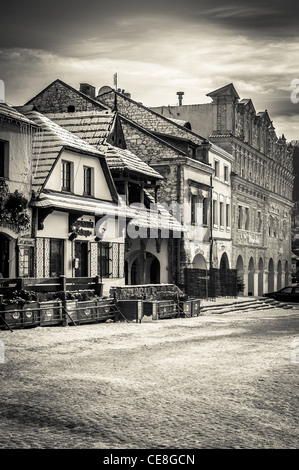 Old market square in Kazimierz Dolny - tourist attraction as one of the most beautifully situated little towns in - Stock Photo