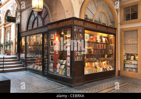 Librairie Ancienne Moderne Library Antique Modern - Gallery - Galerie Vivienne Paris France French - Stock Photo