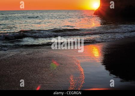 Portugal, Algarve: Sundown at beach Praia do Alvor - Stock Photo