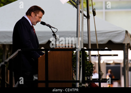 Alec Baldwin at the HLS Commencement 2011 (Harvard Law School graduation) in Cambridge, MA - Stock Photo