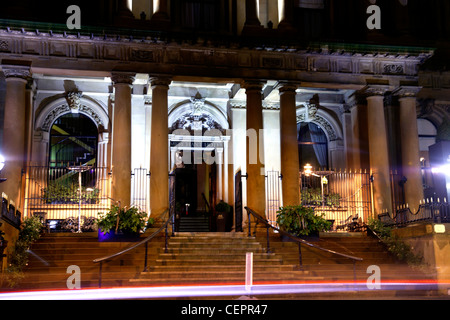 Exterior night view of the grade 1 listed Merchant Hotel in Belfast. - Stock Photo