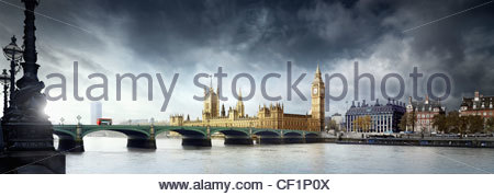 A view across Westminster Bridge to the Houses of Parliament. - Stock Photo