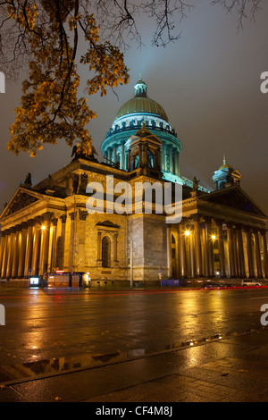 Russia, Saint-Petersburg, Saint Isaac's Cathedral,Isaakievskiy Sobor - Stock Photo