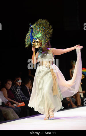 LAS PALMAS, SPAIN-OCTOBER 26, 2012: Unidentified model walks the runway in Encinoso collection during the International - Stock Photo