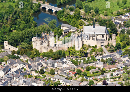 France, Maine et Loire Montreuil Bellay, a town on the banks of Thouet (aerial view) - Stock Photo