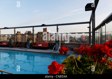 United States, New York City, Manhattan, Gansevoort Hotel, swimming pool on roof terrace, 18 Ninth avenue - Stock Photo