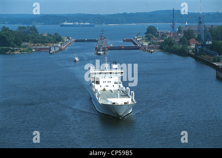 Germany - Schleswig-Holstein - Baltic Sea Canal-North Sea. Closed near Kiel. - Stock Photo