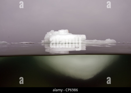split level, Iceberg in the Black Sea, Odessa, Ukraine, Eastern Europe. - Stock Photo