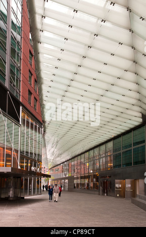 Canopy designed by Preston Scott Cohen for Goldman Sachs in Battery Park City at North End Way - Stock Photo