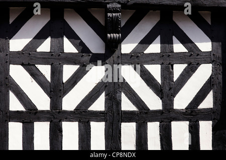 Timber framed Tudor building pattern, Stratford upon Avon. - Stock Photo