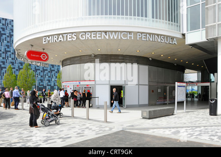 Ticket office for Emirates Air Line sponsored cable car service crossing River Thames between Greenwich Peninsula - Stock Photo