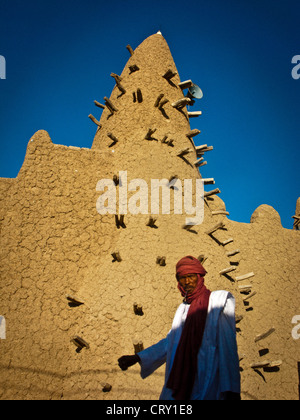 Djingareyber mosque, built in 1325 by the Andalusian architect and poet  Abu Es Haq es Saheli, Timbuktu, Mali . - Stock Photo