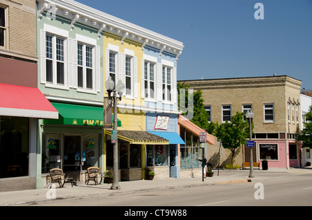 Wisconsin, Manitowoc. Historic downtown Manitowoc, 8th Street. Model Release. - Stock Photo