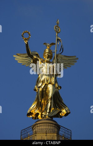 Victory column with new gold, Mitte, Berlin, Europe - Stock Photo
