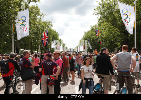London 2012 Olympic Games venue for the Men's Road Cycling Race on The Mall, London, England, U.K. - Stock Photo