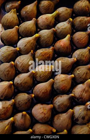 Fresh figs on sale in Spanish market - Stock Photo