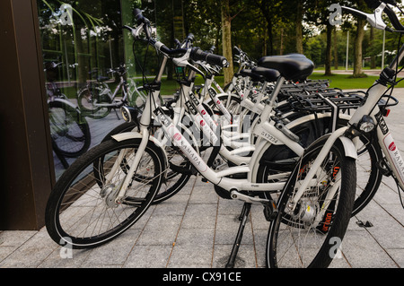 Bicycles to hire from the Ramada Apollo hotel in Amsterdam - Stock Photo