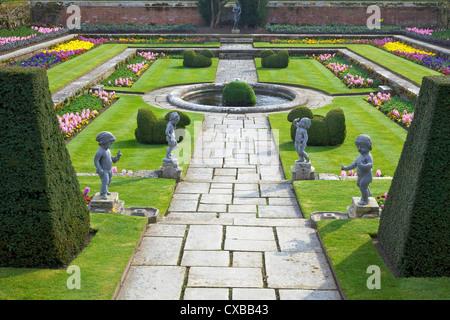Formal gardens, Hampton Court Palace, Greater London, England, United Kingdom, Europe - Stock Photo