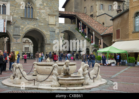 Contarini fountain, 1780, Piazza Vecchia, upper city, Bergamo, Lombardy, Italy, Europe - Stock Photo