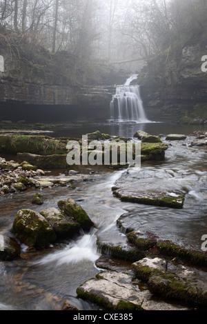 West Burton Waterfall, West Burton, Wensleydale, Yorkshire Dales, England - Stock Photo