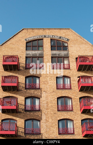 Prospect Wharf Builidng, Wapping, London Docklands, England, UK - Stock Photo