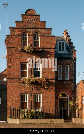Typical Red-brick House on Wapping Wall, East End of London, England, UK - Stock Photo