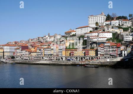 View from the Vila Nova de Gaia district to the old town of Porto with the Duoro river, Ponte de Arrábida bridge - Stock Photo