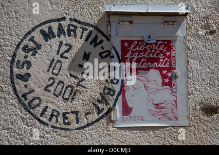 OUT OF THE ORDINARY MAILBOXES IN SAINT-MARTIN-D'ABBAT MAILBOX VILLAGE LOIRET (45) FRANCE - Stock Photo